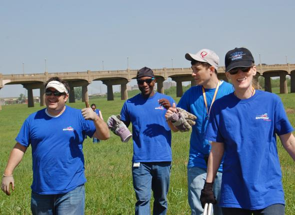 SCA & Southwest Airlines Team Up for Earth Day Service in Dallas