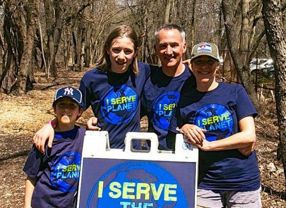 Heidi Untener (right) and her family volunteering at SCA's Earth Day 2015 Event in Van Cortlandt Park, Bronx, New York
