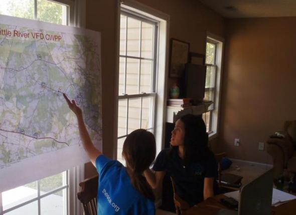 Ada and Meg working on GIS points for Little River in Wayne County