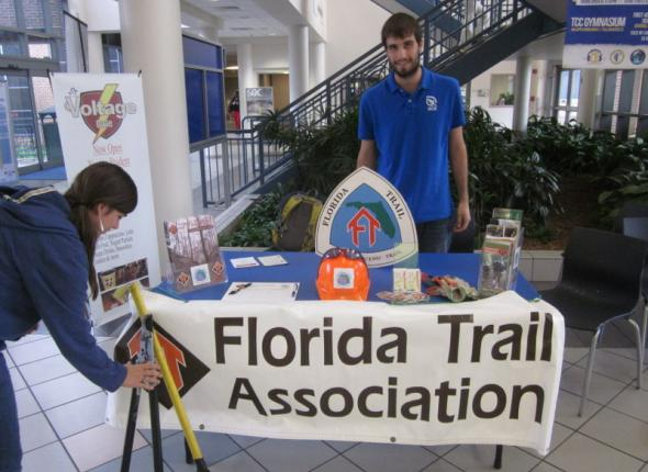 Recruiting new volunteers at Tallahassee Community College