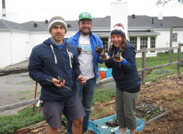 Nashville Food Project: Mike, Clayton and Eva excited about leafy greens!