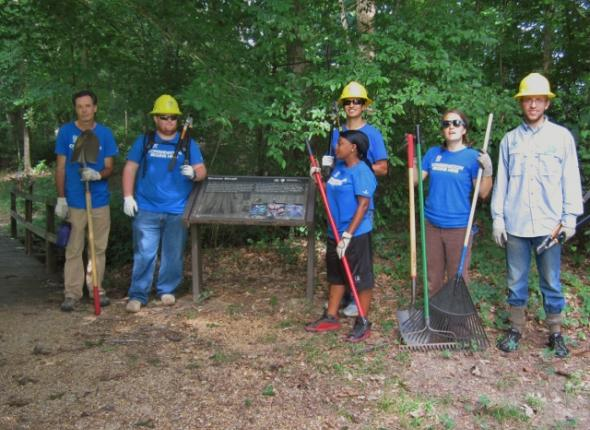 Donovan Slough trail restoration at the Natchez Trace Parkway. Keith, John, Nakeda, Frankie, Sophie, Brendan