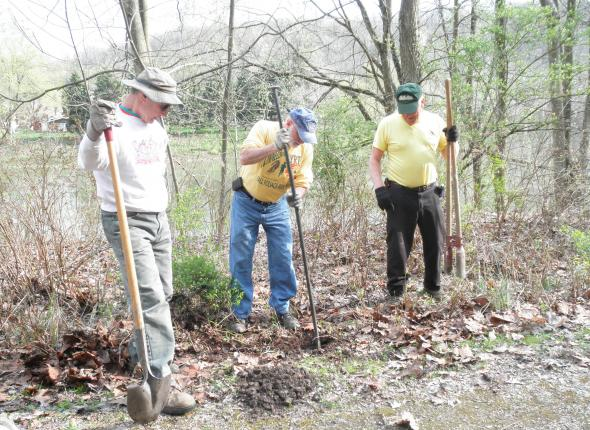 Westmoreland Yough Trail Chapter installing the trail counter post in Smithton, PA